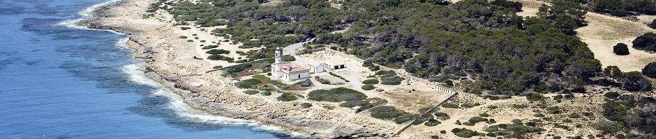 Faro-de-Cap-Salines.jpg