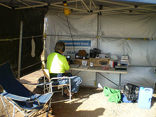 VK4GHL_operating_at_Grassy_Hill_Lighthouse_Cooktown_2010_004